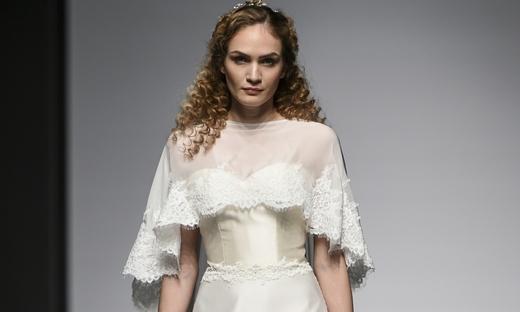 2019春夏婚纱[Ivory & Co.]伦敦时装发布会