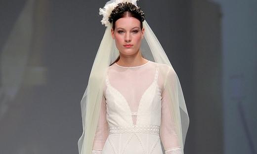 2020春夏婚纱[Poesie Sposa]巴塞罗那时装发布会