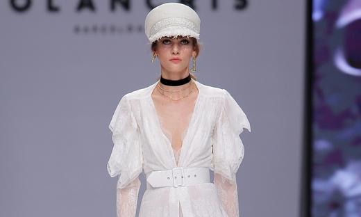2020春夏婚纱[Yolancris]巴塞罗那时装发布会