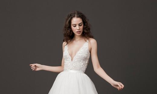 2020春夏婚纱[Daalarna Couture]纽约时装发布会