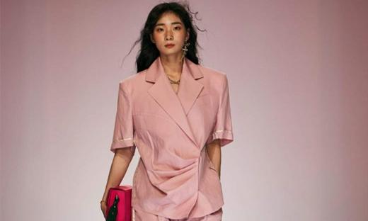 2019春夏[S=YZ]首爾時裝發布會